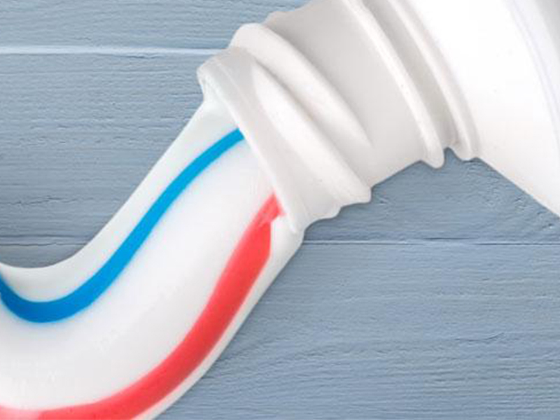 Don't Use Toothpaste to Prevent Foggy Glasses
